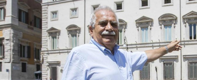"""Severino Antinori, l'autodifesa dalla finestra di casa: """"Un complotto del mondo arabo"""""""