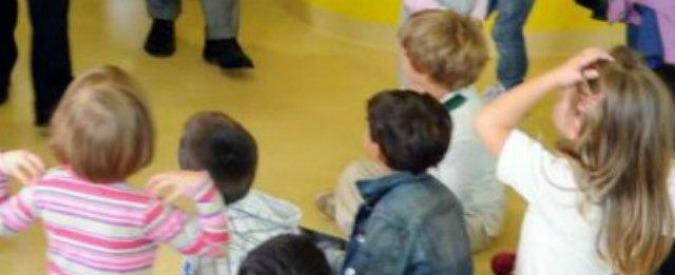 Reggio Emilia, minacce e pizzicotti ai bimbi: maestra d'asilo sospesa per 6 mesi