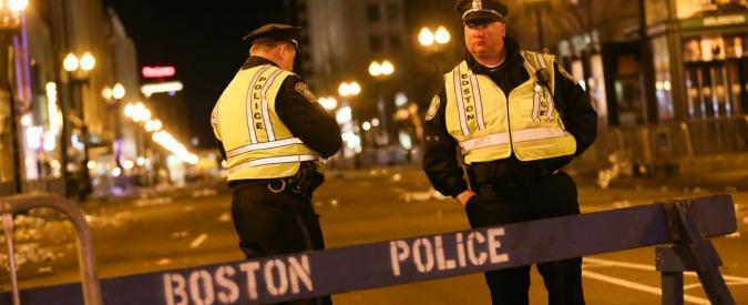 Usa, accoltella quattro persone: due muoiono. Ucciso dalla polizia