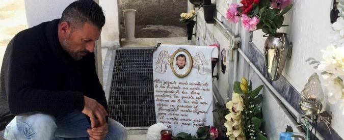 """Fortuna Loffredo, indagati 15 vicini di casa. Papà di Angelo Giglio: """"Chiesi autopsia, ma mi minacciarono"""""""