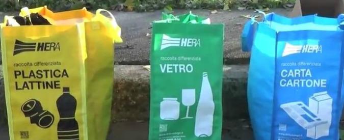 Rifiuti Roma, il progetto del Campidoglio: 'Il separatore per la differenziata? Lo costruirà Acea e potrà vendere la plastica'