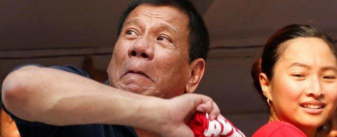 """Filippine, il neopresidente Duterte: """"Licenza di uccidere alla polizia sparando a vista ai sospetti"""""""