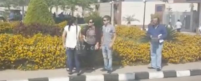 Egyptair, i parenti delle vittime arrivano all'aeroporto del Cairo