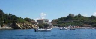 Isola d'Elba, area protetta ma non troppo: diportisti all'arrembaggio. Regole che non bastano e leggi mai applicate