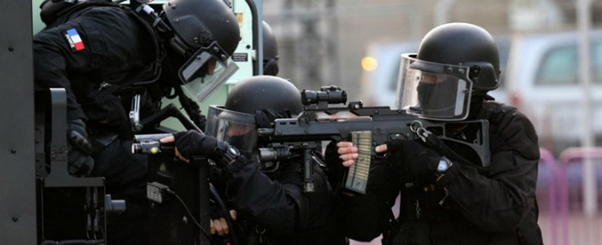 Germania, bombe esplose davanti a moschea e centro congressi di Dresda: nessun ferito