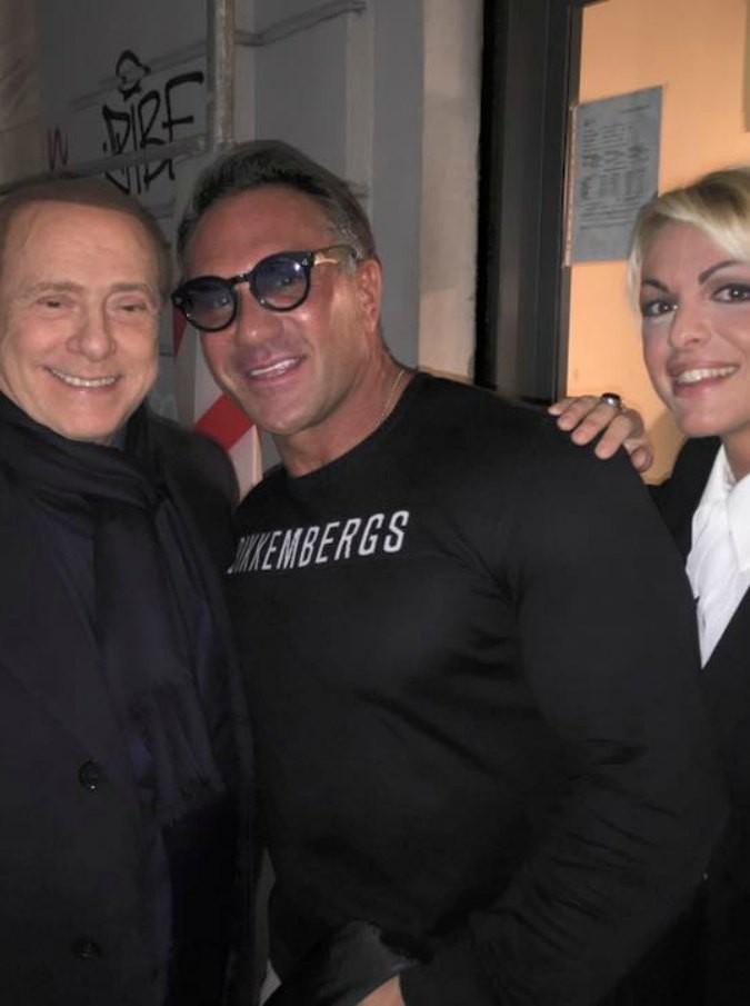 """Monza, personal trainer della coppia Berlusconi-Pascale e di Fabrizio Corona indagato per ricettazione. """"Anabolizzanti e steroidi illeciti"""""""