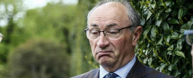 Unicredit, ai soci conviene la soluzione all'italiana: aumento modesto per tamponare la falla. Con l'aiuto di Atlante