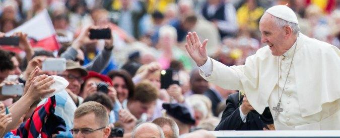 """Papa Francesco: """"No a chi ama cani e gatti ma è indifferente verso il prossimo"""". Aidaa: """"Irresponsabile, pensi alla Chiesa"""""""