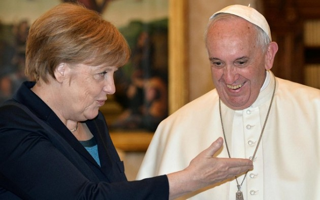 Vaticano, Papa Francesco riceve Angela Merkel