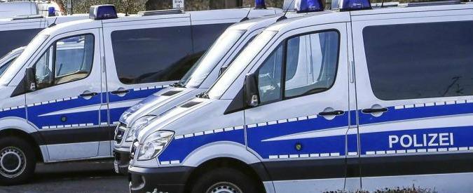"""Austria, 60enne tedesco aggredisce con un coltello i passeggeri di un treno: 2 feriti gravi. """"E' un disturbato mentale"""""""