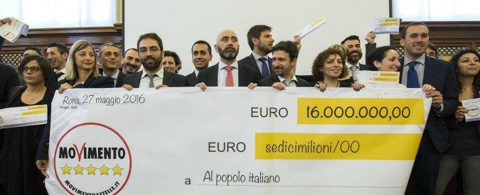 """M5s, quinto Restitution Day: """"16 milioni di euro a fondo microcredito con taglio stipendi. Altri parlamentari ci seguano"""""""