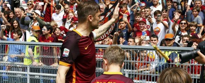 Serie A, risultati e classifica 37° giornata. Tre gol al Chievo e magia di Totti. Frosinone in B. Derby al Genoa – Video