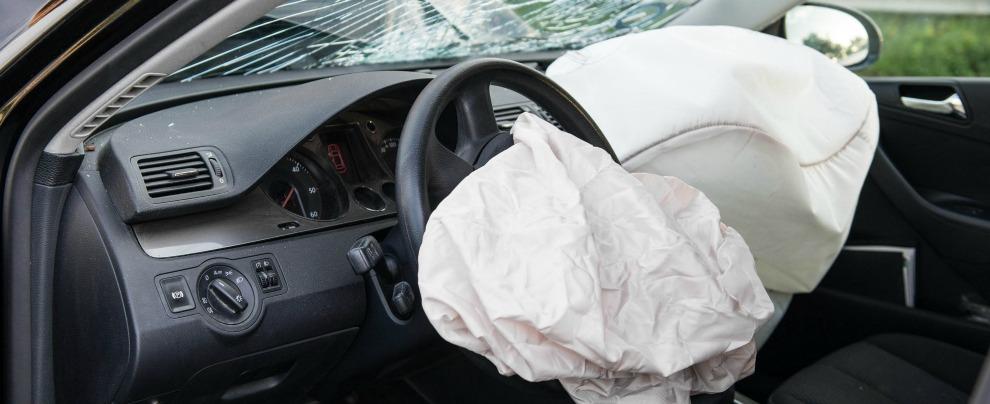 FCA, quasi due milioni di auto richiamate nel mondo per difetti agli airbag