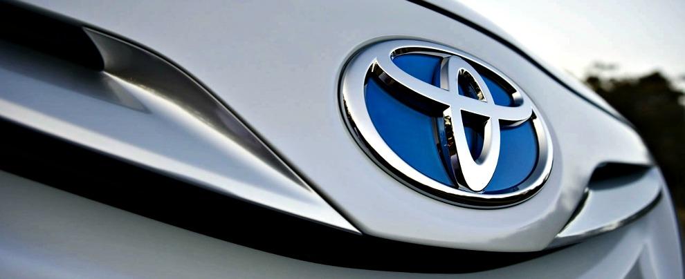 Toyota, il fascino dell'ibrido. Nove milioni di auto vendute in 19 anni