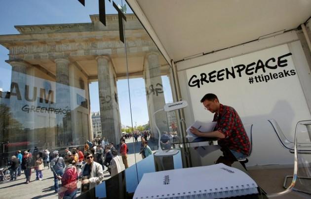 """TTIP, Greenpeace accusa: """"Gli Usa vogliono far saltare le regole Ue su ambiente e salute"""""""