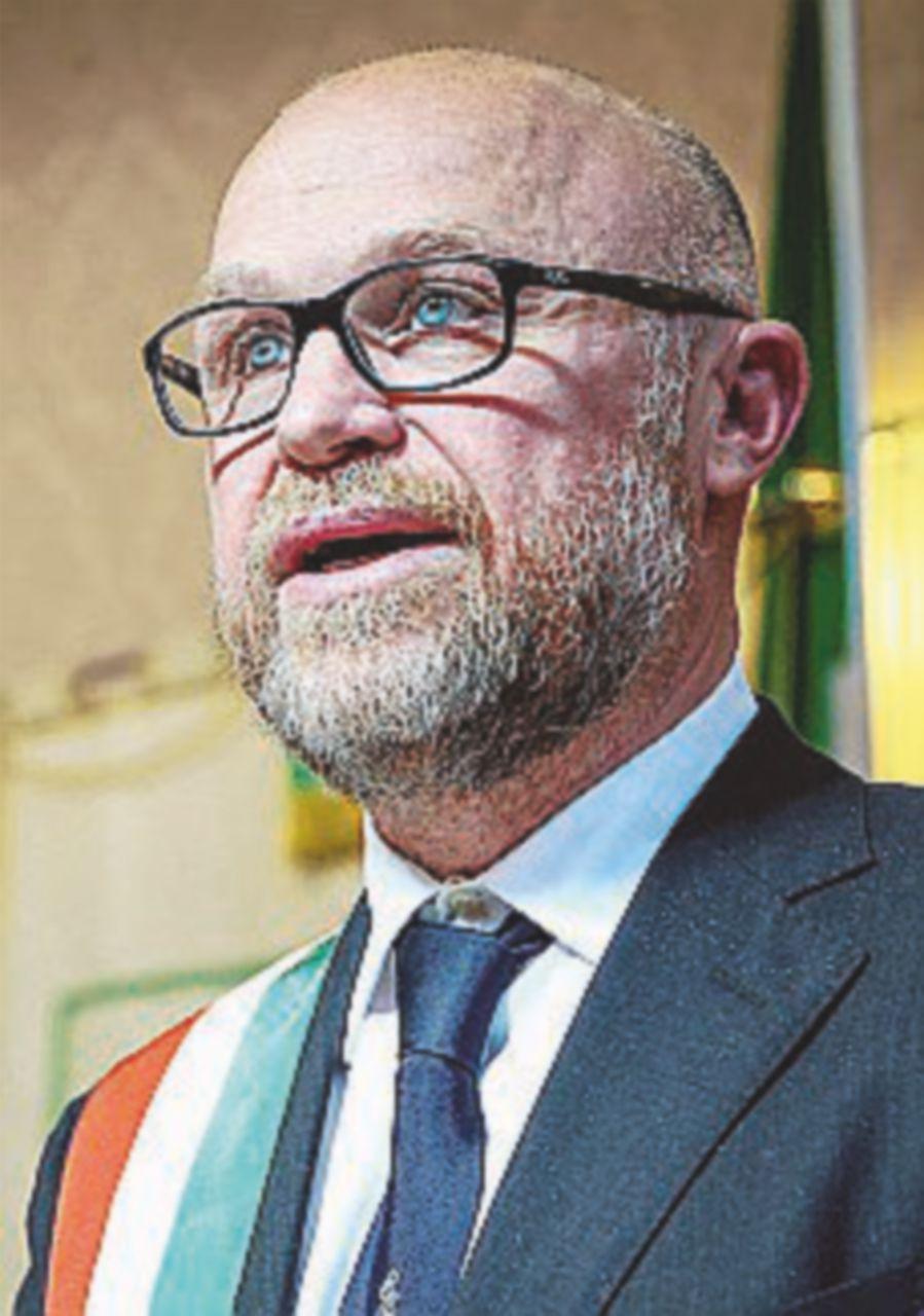 Nogarin, la Procura chiarisce: nessuna nuova accusa
