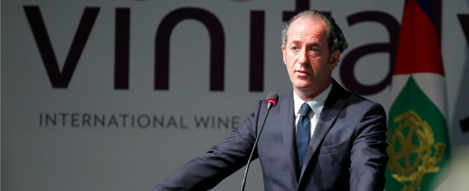 """Rifiuti in Veneto, relazione parlamentare accusa Zaia: """"Coperture politiche a smaltimenti illeciti"""""""