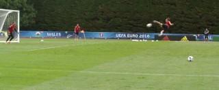 Europei 2016, spettacolare sforbiciata volante di Bale in allenamento: gli inglesi sono avvertiti (VIDEO)