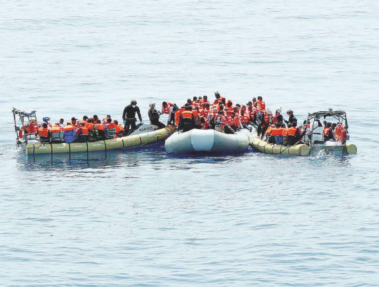 Il paravento dell'emergenza che fa annegare l'Europa