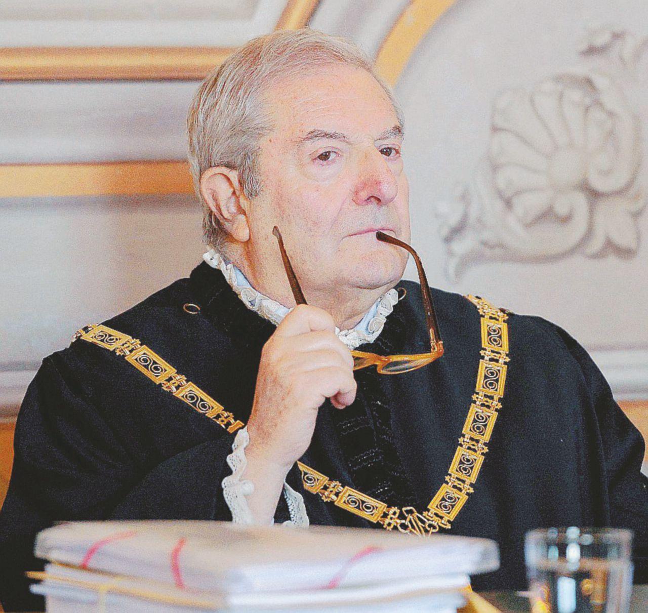 Concorsi: indagato Barbera, il giudice costituzionale