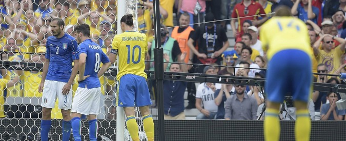 Europei 2016 – Papere, gol sbagliati e difensori ballerini: le 10 peggiori euro-topiche da Tatarusanu a Ibra - 2/10