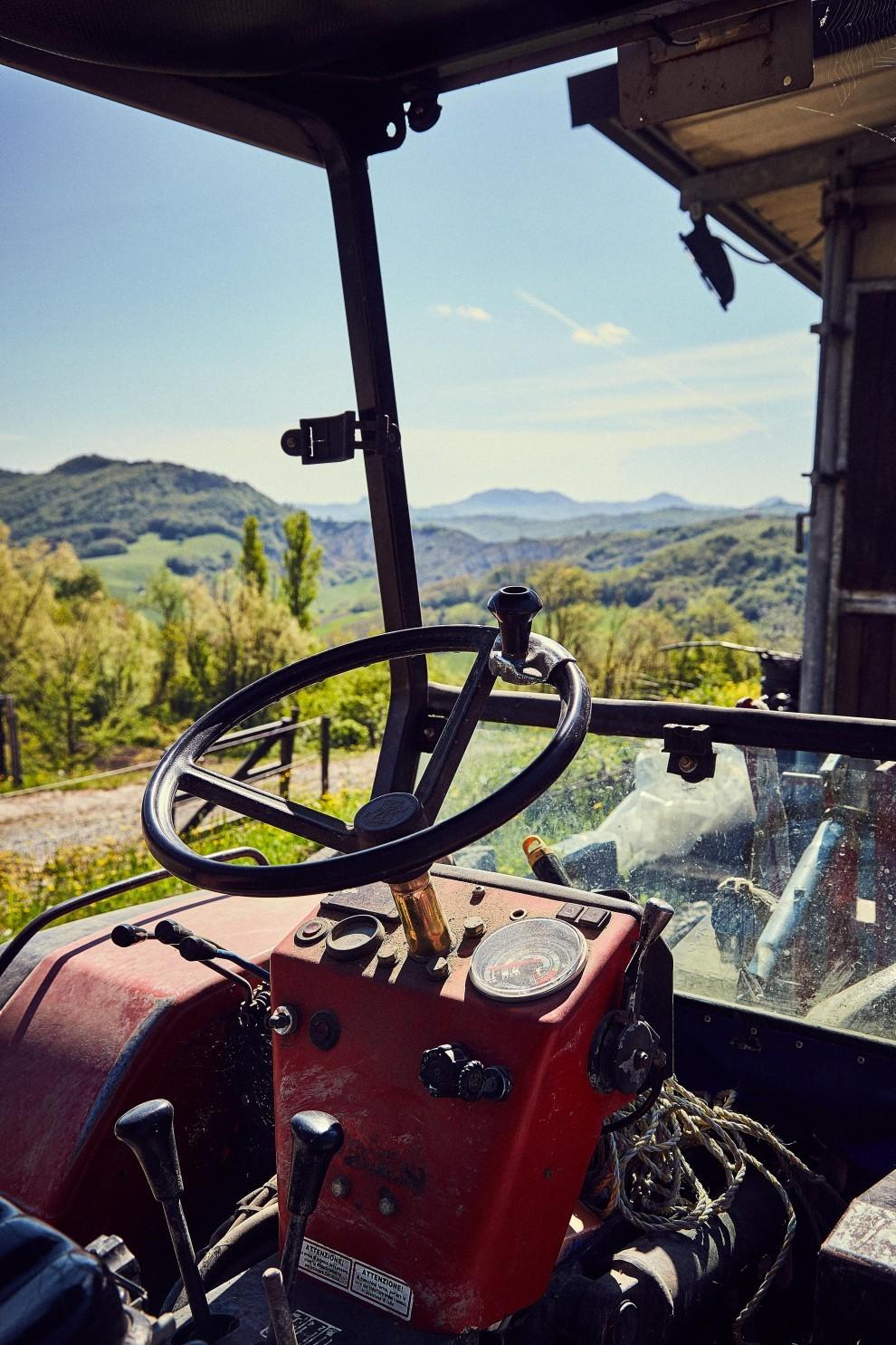 Ill_Fatto_FS_Podre_Cristina_Tractor_2-990x1485