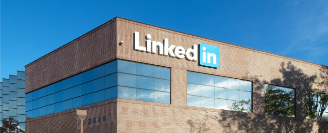 "Microsoft compra LinkedIn per 26 miliardi di dollari. ""Manterrà il brand"""