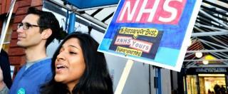 Brexit, battaglia sulla sanità. Medici: 'Addio a Ue ridurrà assunzioni di stranieri, spina dorsale del Nhs. Servizi a rischio'