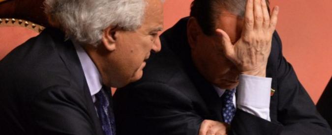 Silvio Berlusconi, Verdini al San Raffaele per vederlo. Non lo fanno entrare