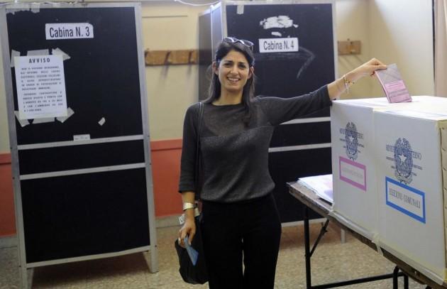 Roma - Virginia Raggi al voto per le comunali