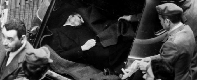 """Omicidio Moro, il Ris smentisce la versione Br: """"Gli spararono di fronte"""""""