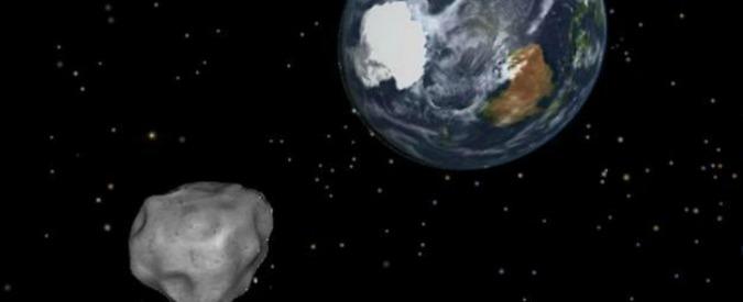 """Asteroid Day 2016, individuato un piccolo asteroide sconosciuto """"compagno"""" della Terra: """"È quasi un satellite"""" (VIDEO)"""