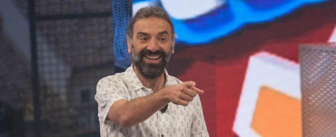 Stefano Bollani, in Napoli trip suona la città che piace a lui