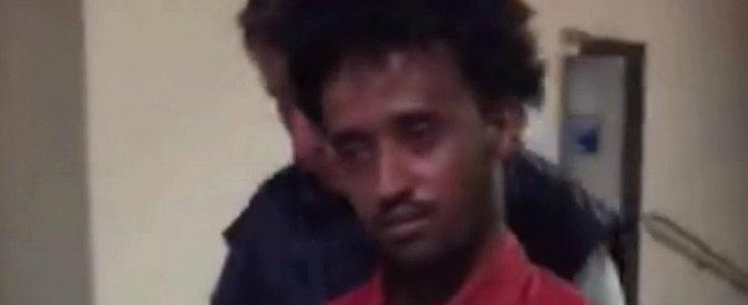"""Migranti, estradato in Italia presunto trafficante di uomini eritreo. Gli amici alla Bbc: """"Scambio di persona"""""""