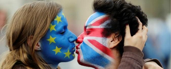 Brexit, non una scelta democratica ma una 'roulette russa' politica