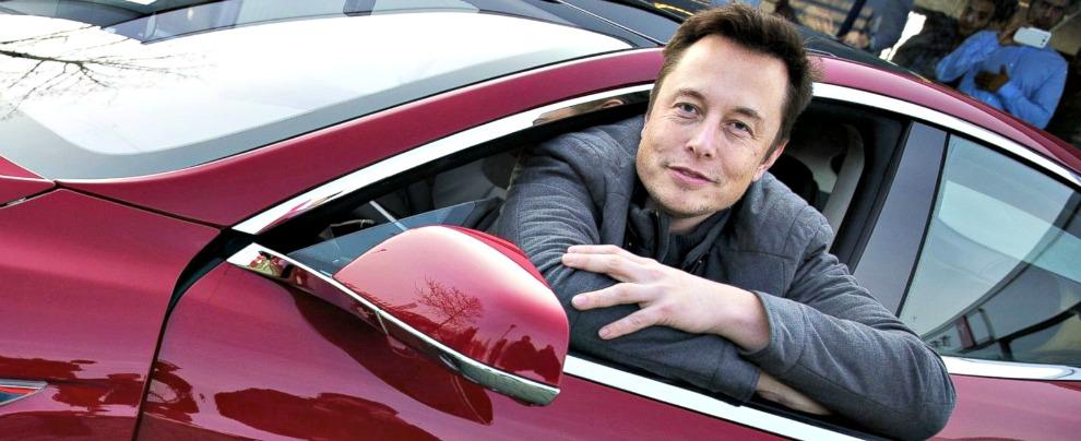 """Tesla, Elon Musk contro il governo Usa: """"Togliete gli incentivi alle auto elettriche"""""""