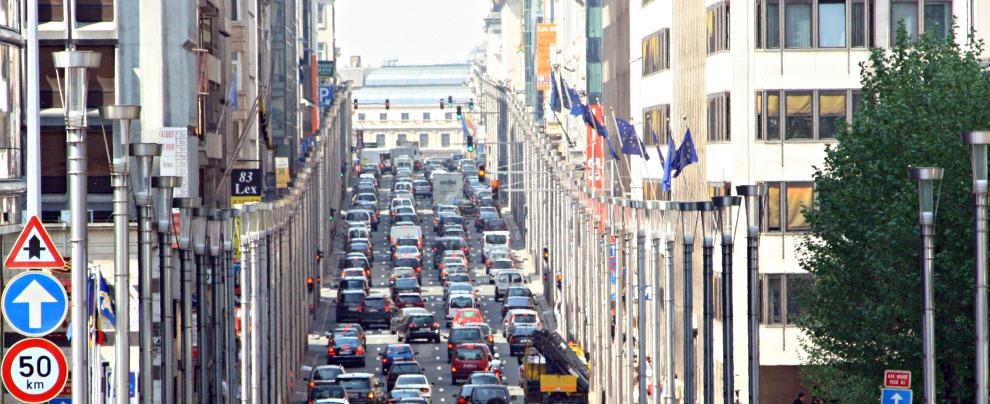 Mercato auto, l'Europa va a gonfie vele. Bene pure FCA, che però aumenta i prezzi