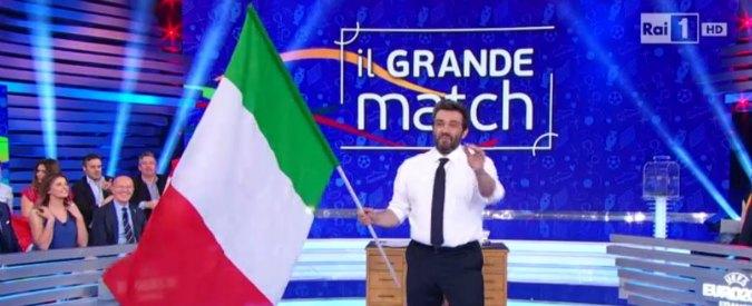 Belgio-Italia, levate il vino a Flavio Insinna: overdose di patriottismo sulla Rai. Buffon e D'Amico tubano su Sky