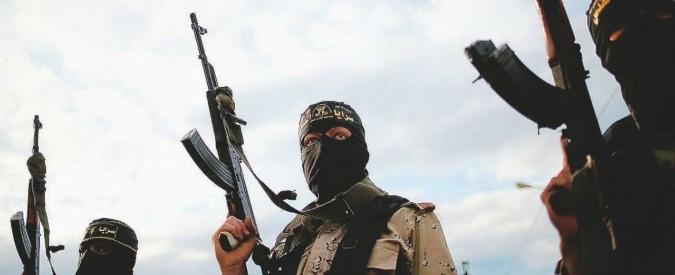 Isis, per il Conflict armament research Daesh perde territori. Ma le armi sono ancora un problema