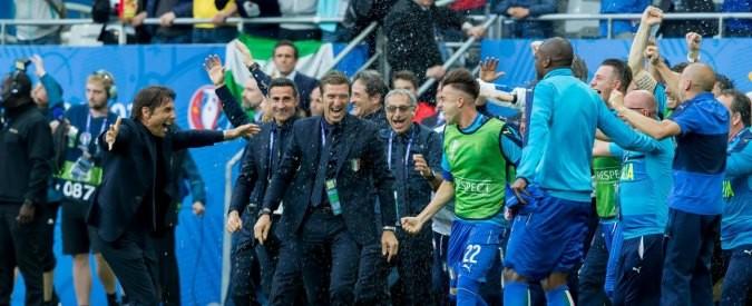Italia – Spagna, la partita vista dalla tendopoli di Via Cupa a Roma