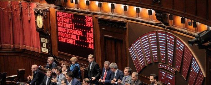 """Rimborsi elettorali, Camera ratifica 30 milioni ai gruppi. SI: """"Il finanziamento pubblico è rientrato dalla finestra"""""""