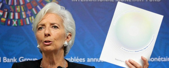 """Conti pubblici, Fmi rivede al rialzo la crescita italiana ma avverte: """"Incertezza politica minaccia le riforme"""""""