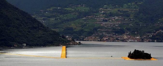 Passerella lago d'Iseo, porterà migliaia di turisti. Ma a quale prezzo?