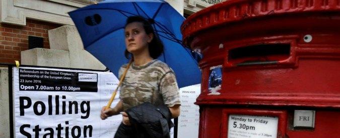ragazza spagnola che risale a Londra