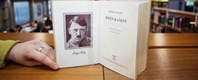 """Renzi contro Il Giornale: """"Squallido che regali il 'Mein kampf' di Hitler"""""""