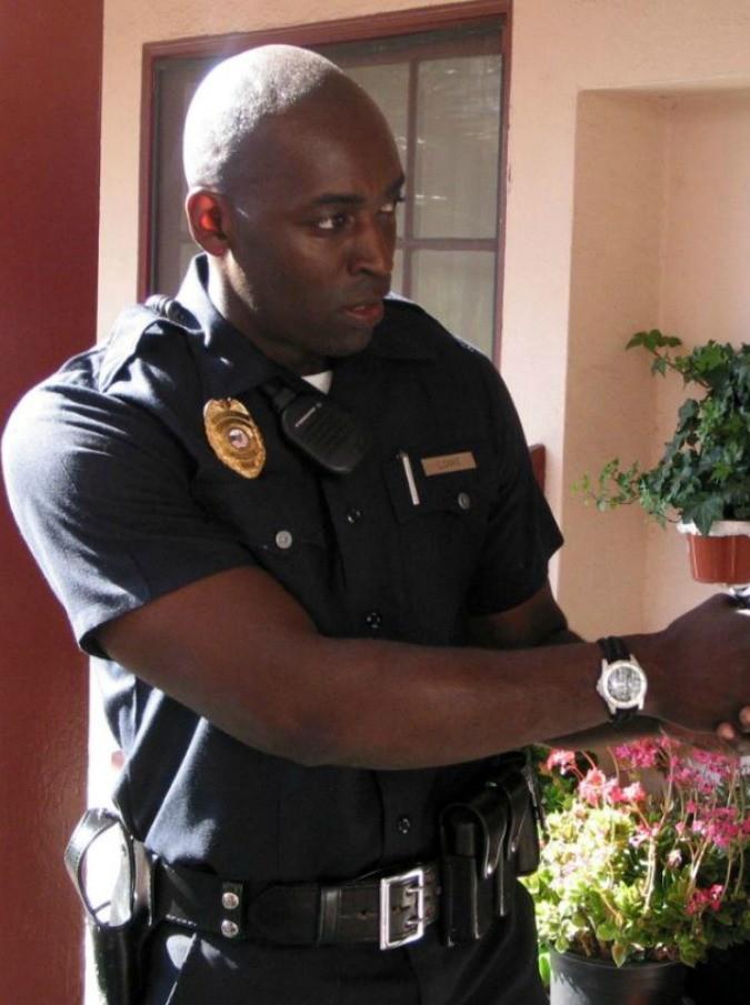 """Michael Jace, l'attore di """"The Shield"""" e """"Forrest Gump"""" dichiarato colpevole di omicidio volontario della moglie"""