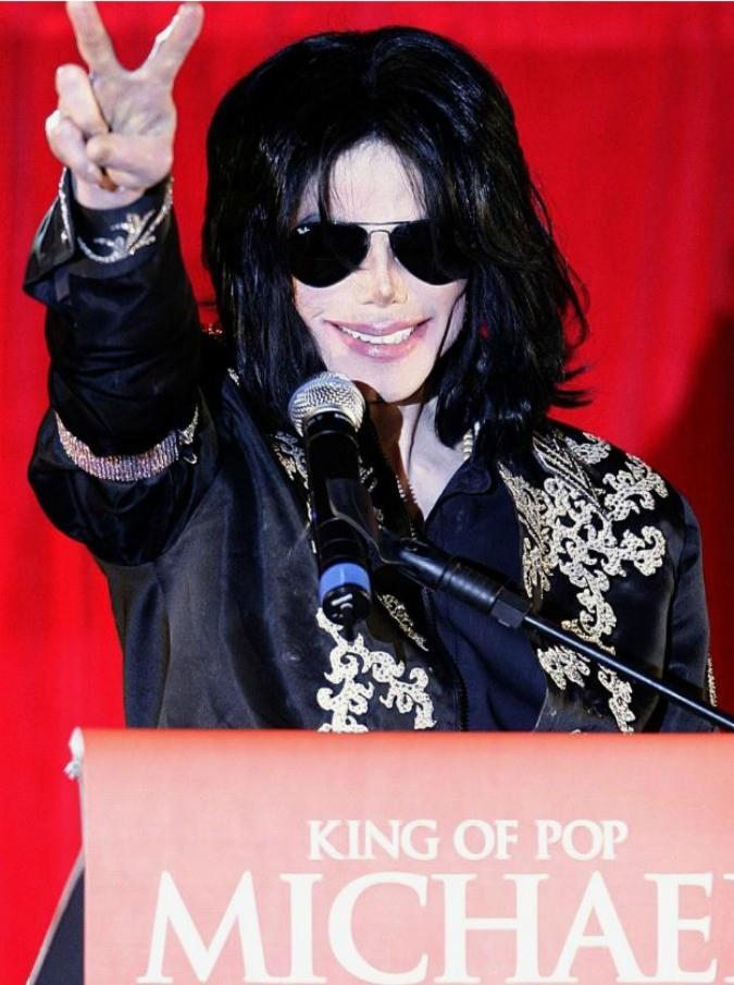 """Michael Jackson, """"materiale osceno nel suo ranch? Non è mai stata rinvenuta una sola prova nei suoi confronti"""""""