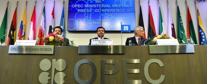 Petrolio, dall'Arabia Saudita sconti e offerte speciali ai Paesi europei per battere la concorrenza dell'Iran