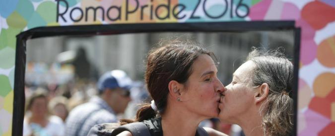 Roma Pride 2016, bene drag queen e tette finte. Ma la gay community è varia e libera