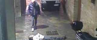 Mps, video morte David Rossi – Filmato non inedito e i due uomini già identificati 3 anni fa. Il mistero c'è, ma è un altro